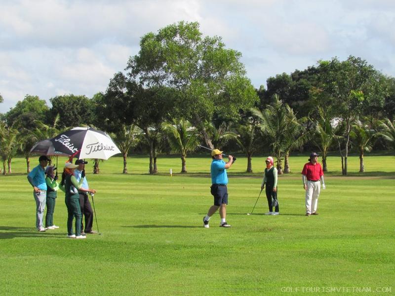 golf-tour6