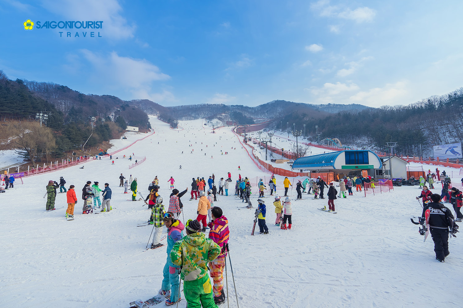 Yangji-pine-ski-resort-in-Yongin-city-Gyeonggi-do_794631631