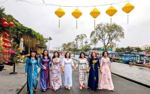 women_encouraged_to_wear_ao_dai_for_weeklong_cultural_event
